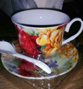 Чайная пара с ложкой.