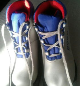 Лыжные ботинки р. 31