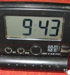 часы будильник электронные настольные