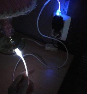 Светящийся кабель IPhone