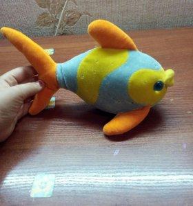 Голубо-жёлтая рыбка)))