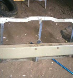 Усилитель бампера рамка радиатора