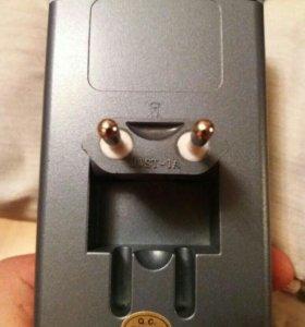 Зарядное устройство для аккумуляторных батареек аа