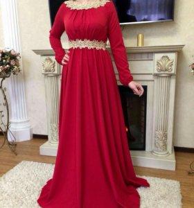 Новое красивое- платья