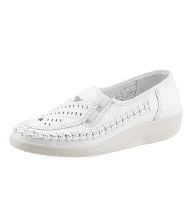 Новые белые туфли 40 р-р