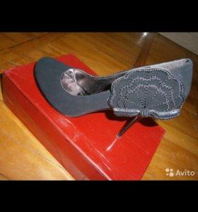 Туфли бархатные р-39