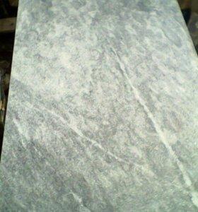 Памятники из серого мрамора