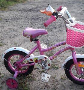 Детский велосипед в идеальном состоянии