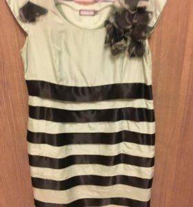 Платье из шелка 42 размер