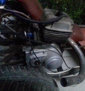 Двигатель от Минска,есть запчасти