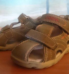 Детские сандалии DUMMI
