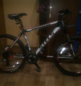 Горный велосипед STELS Navigator 830
