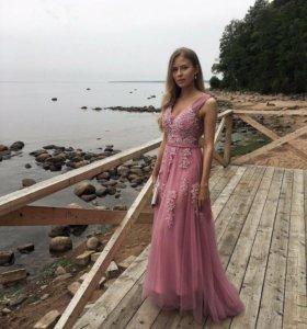 Вечернее платье в прокат/аренду 38/40