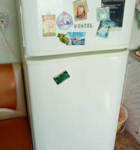 """Холодильнике """"VESTEL"""""""