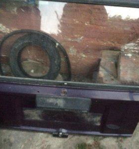 Крышка багажника 2104
