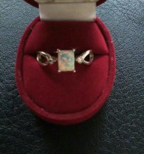 Кольцо серебро 925 пробы.