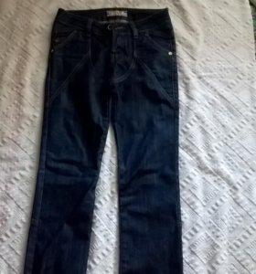 джинсы 40-42р.
