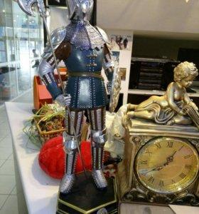 статуэтка рыцарь.