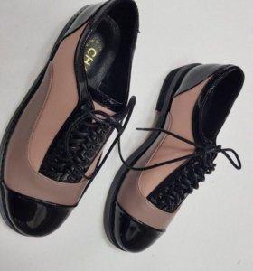 Стильные новые туфли 37 раз.