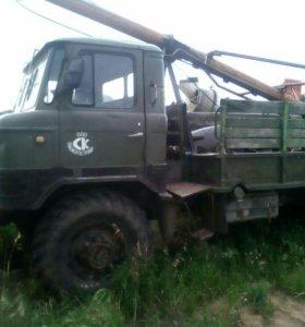 БМ-302Б бурильно-крановая машина.
