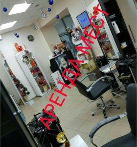 Сдаю Рабочее место парикмахеру, маникюрный стол