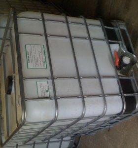 Продам емкость пластиковую 1000л