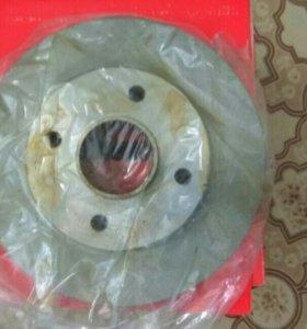 Тормозные диски задние пежо 308.покупал за 8000р.