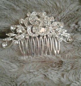 Свадебное украшение в прическу