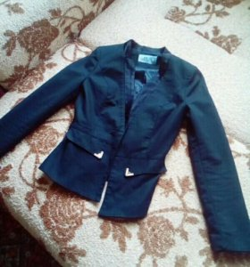 Пиджак размер 38