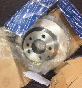 Тормозные диски 330мм на Audi Q7 , vw Tuareg