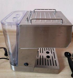 Кофеварка (эспрессо) Kitfort KT-701