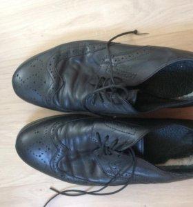 Туфли мужские (LAVORAZIONE a mano) 39 размер