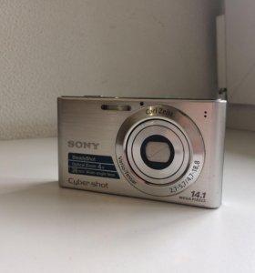 Фотокамера Sony Cyber-shot