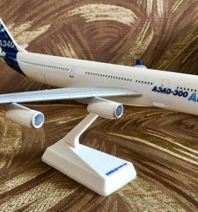 Модель самолёта Airbus A340-300
