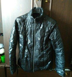 Куртка  и пальто осеннее/весеннее