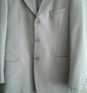 Пиджак новый размер 176-104-92