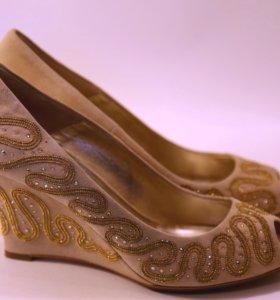 Туфли из натуральной замши Loriblu. Новые