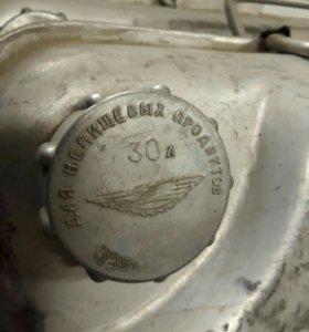 Канистра для бензина 30л.