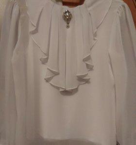 Блузка с брошью 140-146