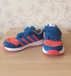 Кроссовки Adidas р. 24