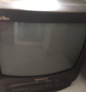 Телевизор Panasonic с кронштейном