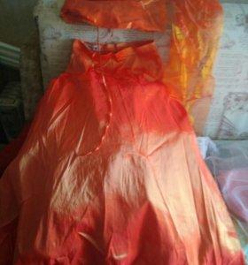 Платье очень красивое (оранза) 48раз.