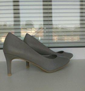 Туфли KIABI новые