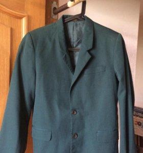 Пиджак школьный зеленый