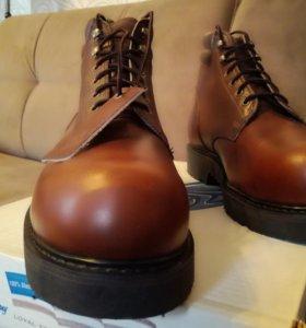 Ботинки фирмы Cape, made in USA.