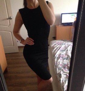 Чёрное платье 40-42