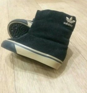 Сапожки Adidas оригинал
