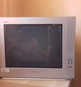 "Телевизор ""Akira"""