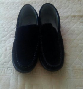 Замшевые туфли мужские размер 43-44.