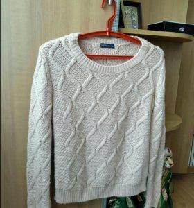 Продаю свитер